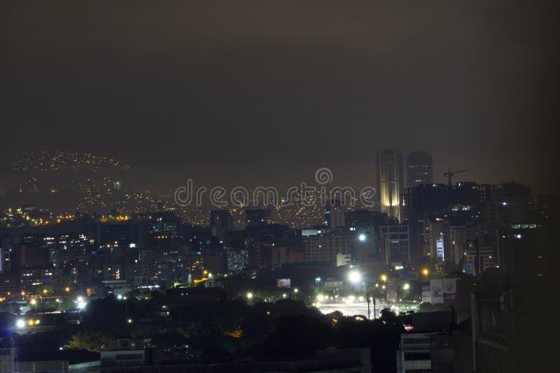 Niektóre teren †‹â€ ‹Caracas przy nocą zdjęcie royalty free