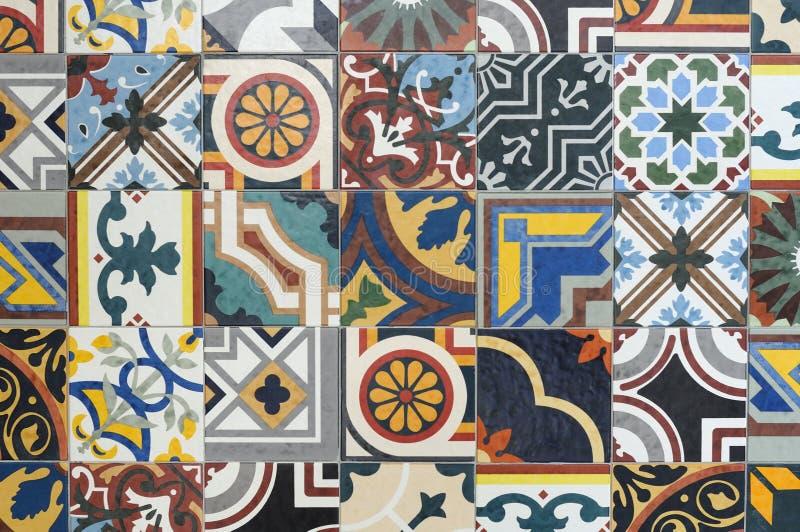 Niektóre kolorowe ceramiczne płytki zdjęcie royalty free