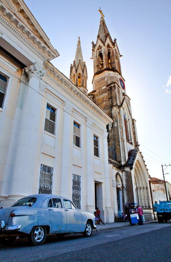 Niektóre miejscowi przed Katedralnym Iglesia De Nuestra Corazon de Sagrado Jezus Święty serce Jezusowa katedra przy Marti P zdjęcie stock
