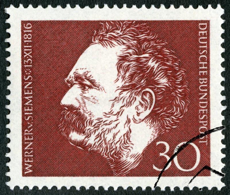 NIEMCY - 1966: przedstawienia Ernst Werner Siemens 1816-1992, nowator i przemysłowiec, elektryczny inżynier zdjęcie stock