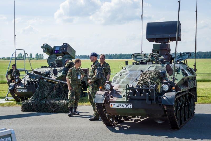Niemiec lekki przewoźny opancerzony pojazd bojowy Wiesel AWC fotografia royalty free