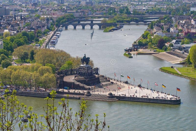 Niemiec Narożnikowy Deutsches Eck w Koblenz Zbieżność Rhine i Moselle fotografia royalty free