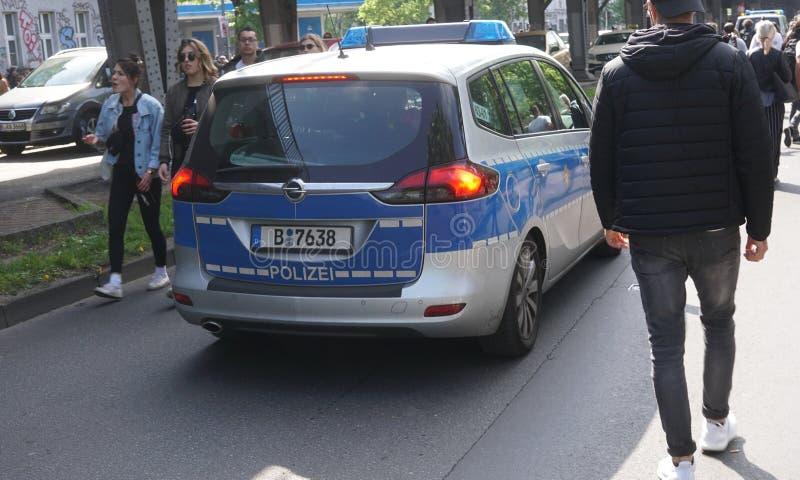 Niemiec policja przewozi samochodem zdjęcia stock