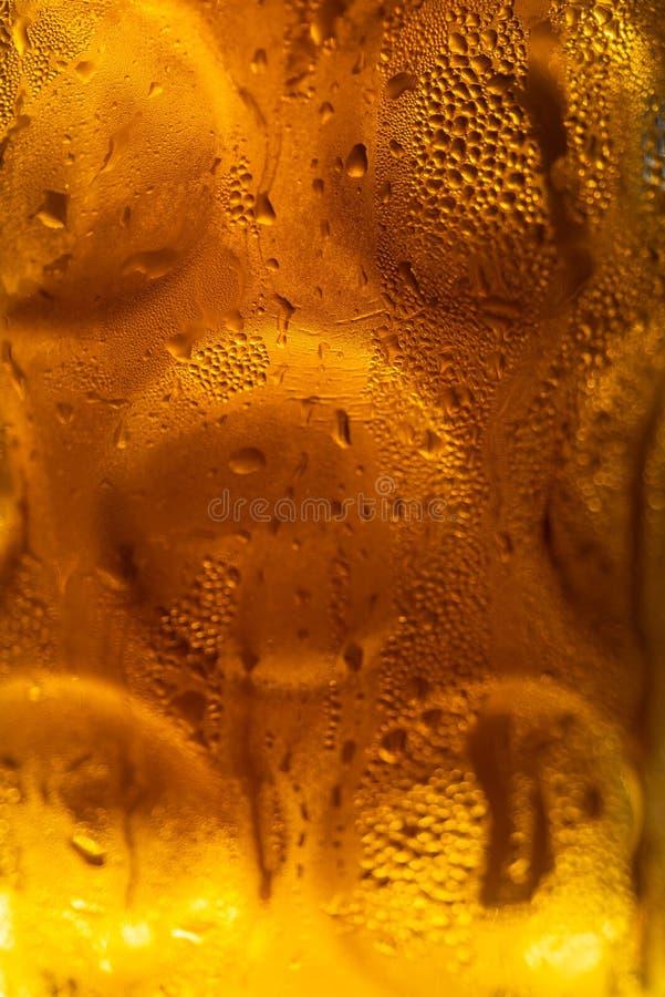 Niemiecki bier kubek pełno piwo zdjęcia stock