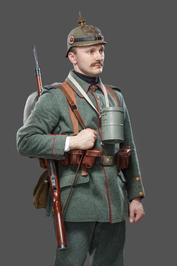 Niemiecki infantryman podczas pierwszy wojny światowa. fotografia stock