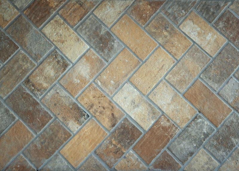 Nieociosana dachówkowa podłoga robić cegły Starego stylu skutek dla wnętrzy zdjęcie royalty free