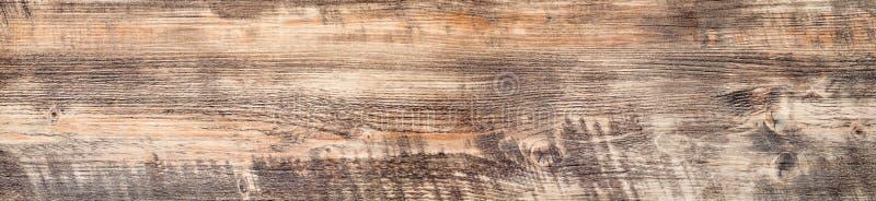 Nieociosana szorstka drewniana deska z natura wzorem i kolorem zdjęcia stock