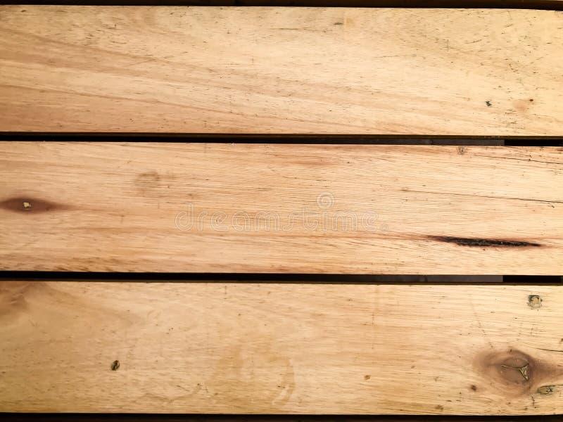Nieociosany brown drewniany tło z horyzontalnymi deskami obrazy stock