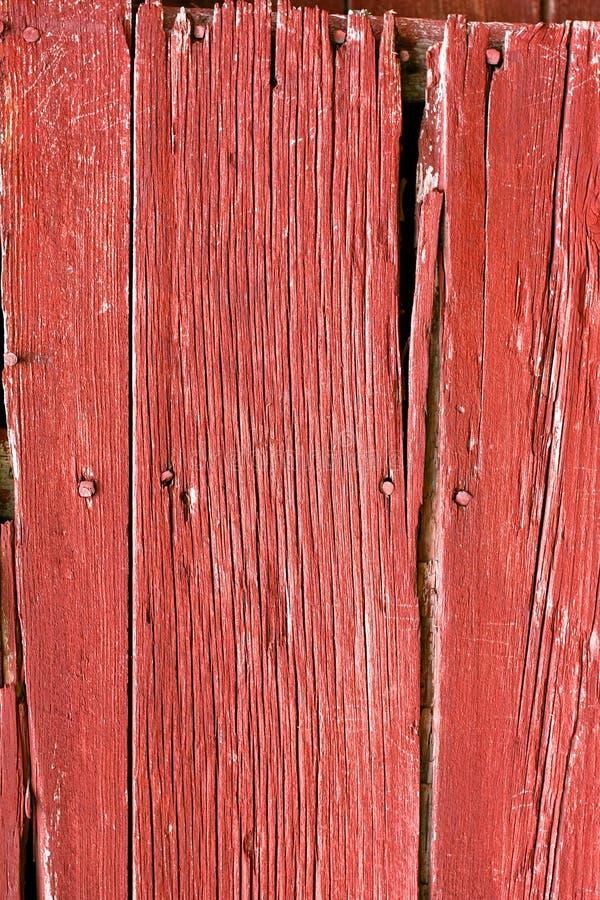 Nieociosany Czerwony stajni drewna tło zdjęcie royalty free