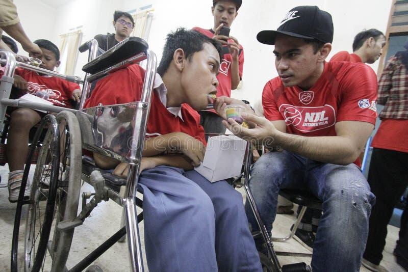 Niepełnosprawna dzieciak opieka fotografia stock