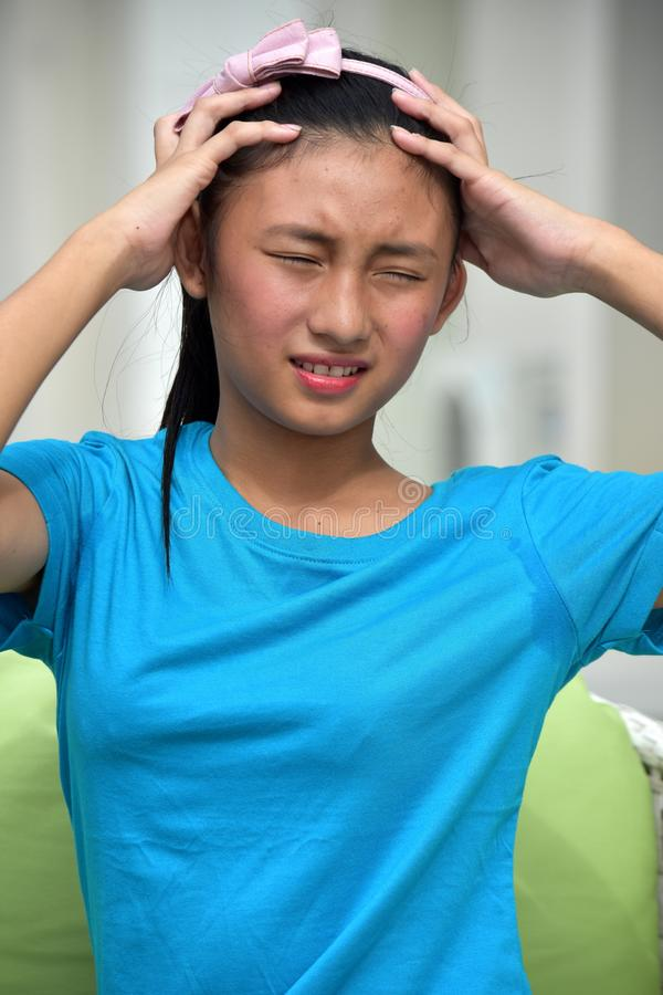 Niepokojąca Młodociana Azjatycka dziewczyna zdjęcie royalty free