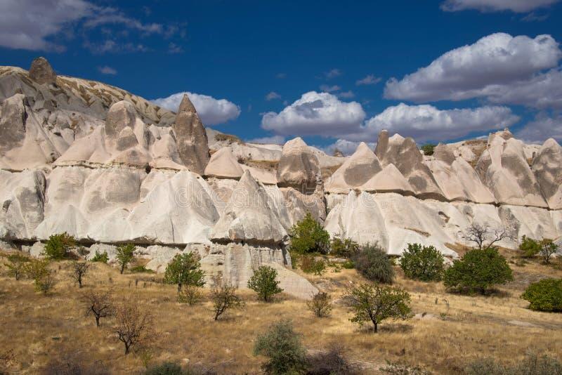 Nierówne skały w Cappadocia zdjęcie royalty free