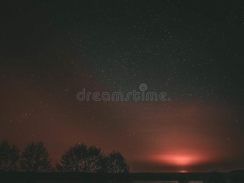 Nieskończony kosmos, jest nami samotnie E zdjęcia royalty free