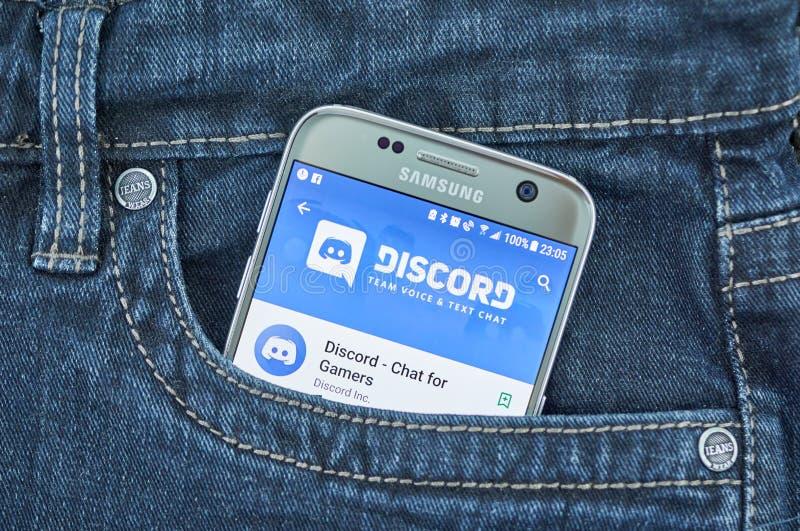 Niesnaski mobilny zastosowanie na ekranie Samsung fotografia royalty free