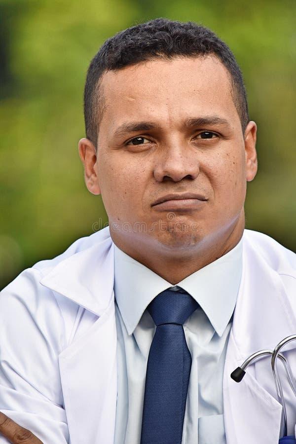 Nieszczęśliwa Różnorodna samiec lekarka zdjęcia royalty free