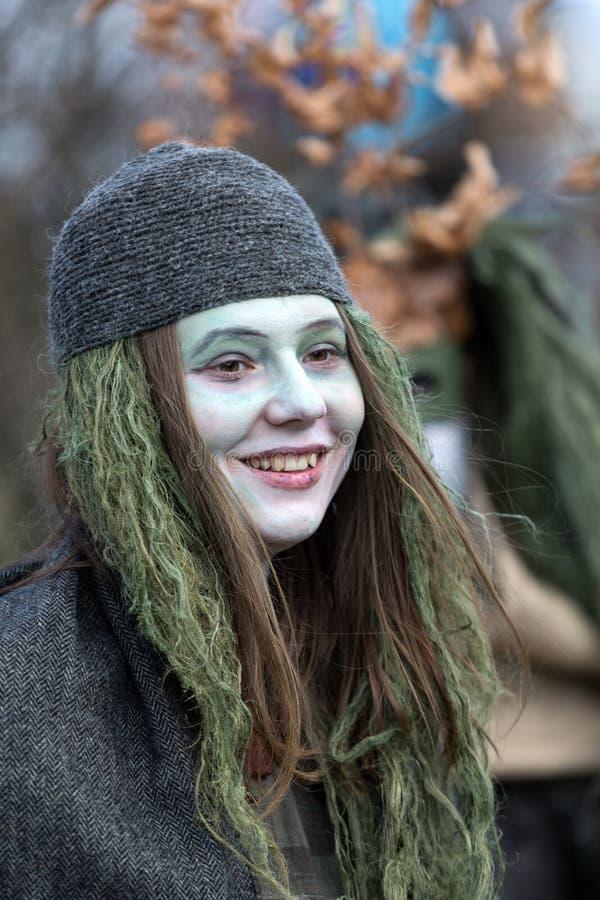 Niet geïdentificeerde deelnemers van Rekawka - de Poolse traditie, vierde in Krakau stock foto's