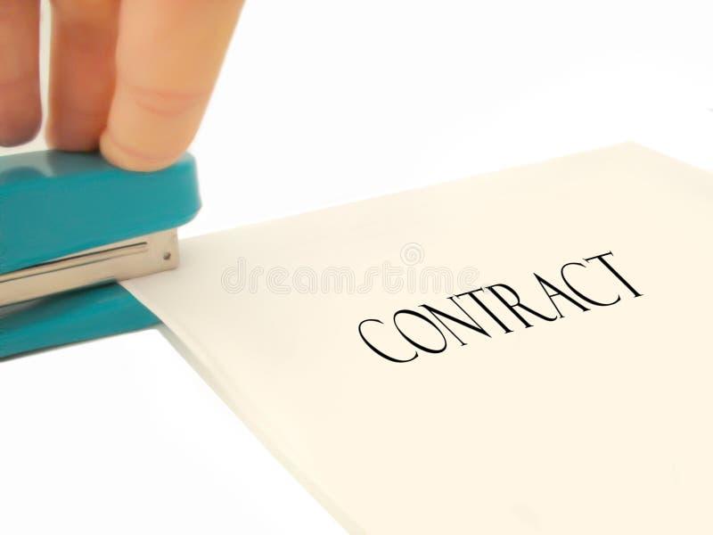 Nietend contract stock foto