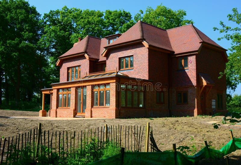Nieuw bouw losgemaakt huis stock fotografie