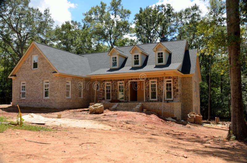 Nieuw huis in aanbouw de V.S. stock foto