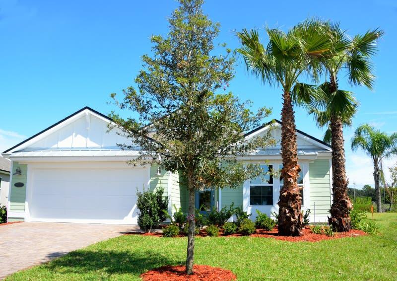 Nieuw huis in Florida stock afbeeldingen