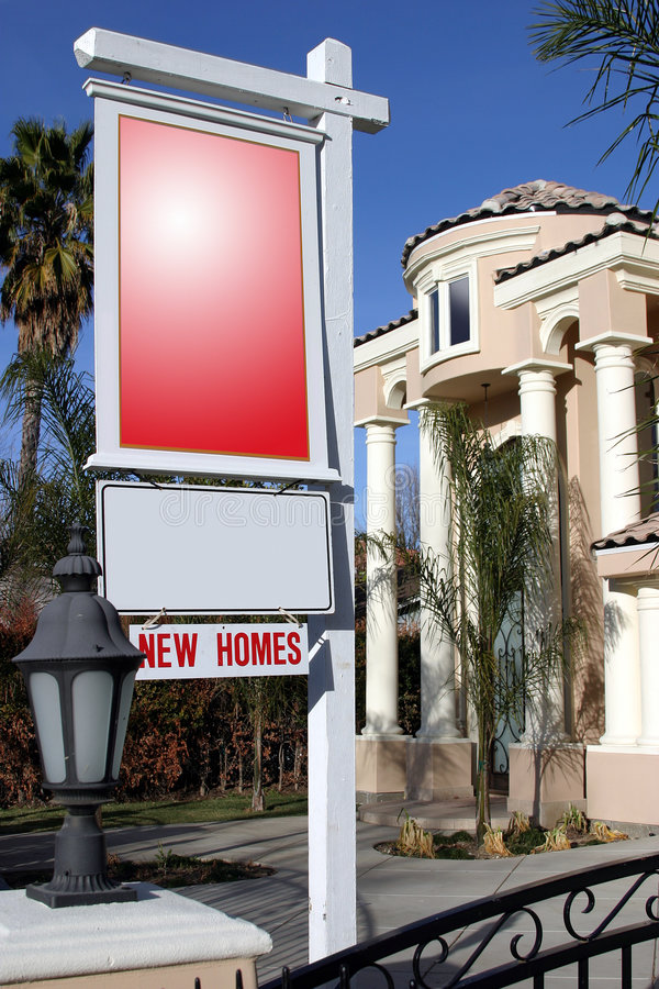 Nieuw huis voor verkoop royalty-vrije stock fotografie