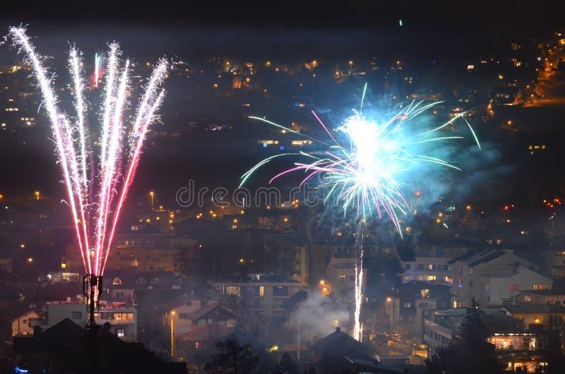 Nieuw jaarvuurwerk Innsbruck 6 stock foto