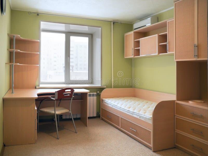 Nieuw meubilair in het kinderdagverblijf stock fotografie