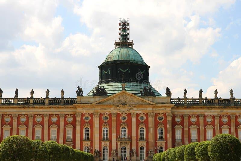 Nieuw Paleis in het Park Sanssouci stock afbeelding