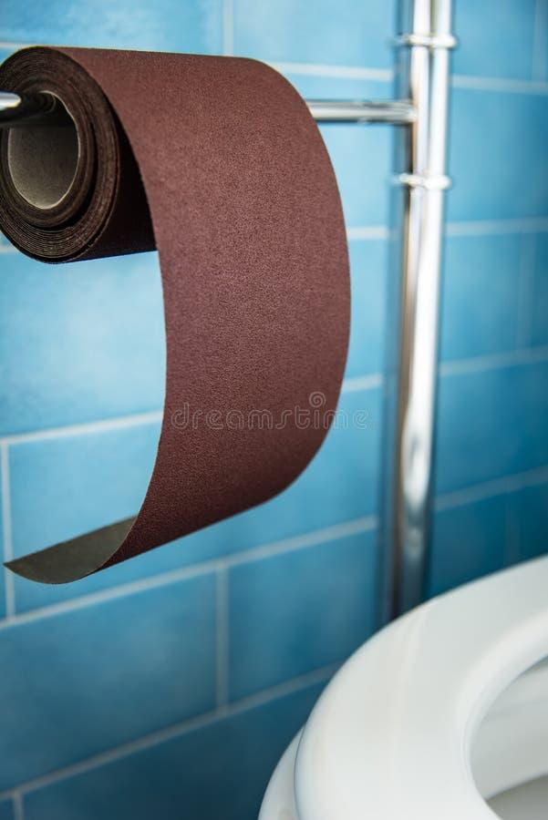 Nieuw sterk toiletpapier, hard Zeer hard stock foto
