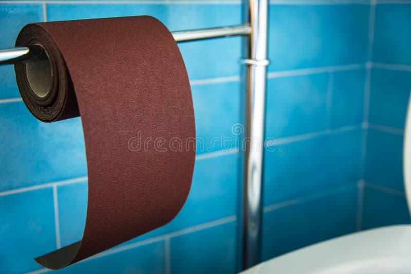 Nieuw sterk toiletpapier, hard Zeer hard stock afbeeldingen