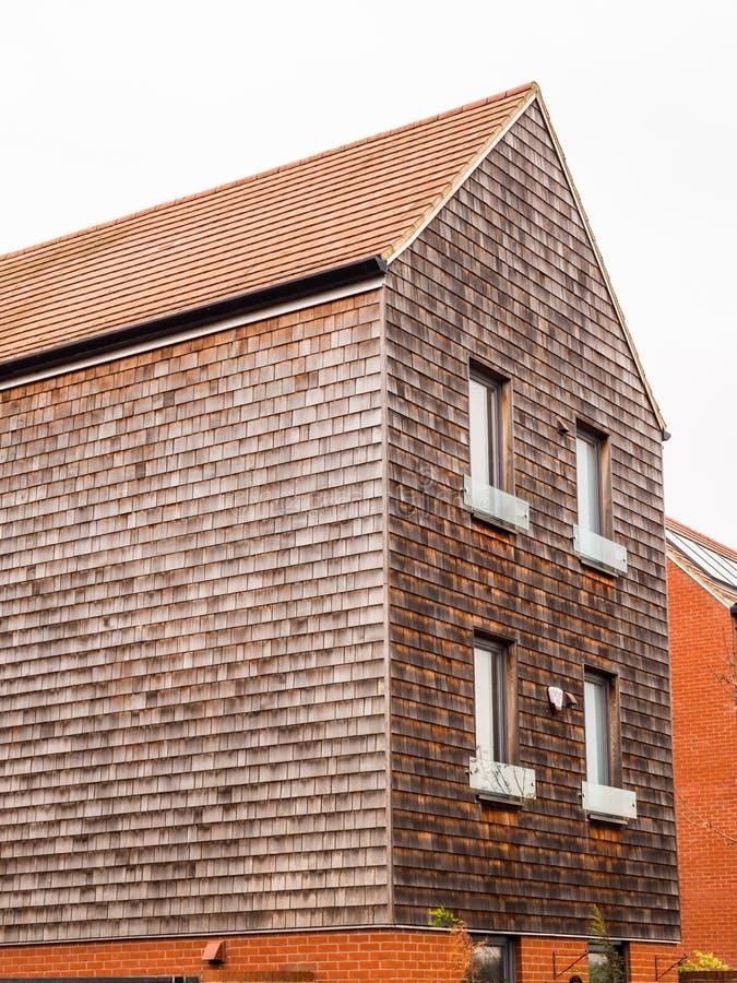 Nieuw uniek ontwerp modern losgemaakt huis in Engeland royalty-vrije stock foto