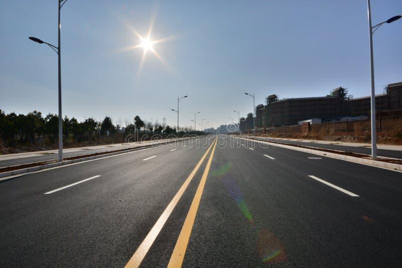 Nieuw weg en infrastructuurgebruik royalty-vrije stock afbeeldingen