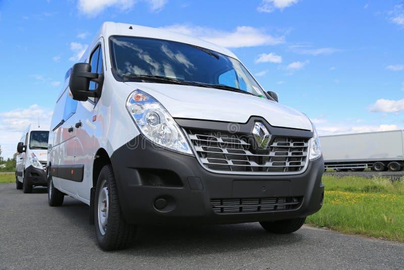 Nieuw Wit Renault Master Van royalty-vrije stock afbeeldingen