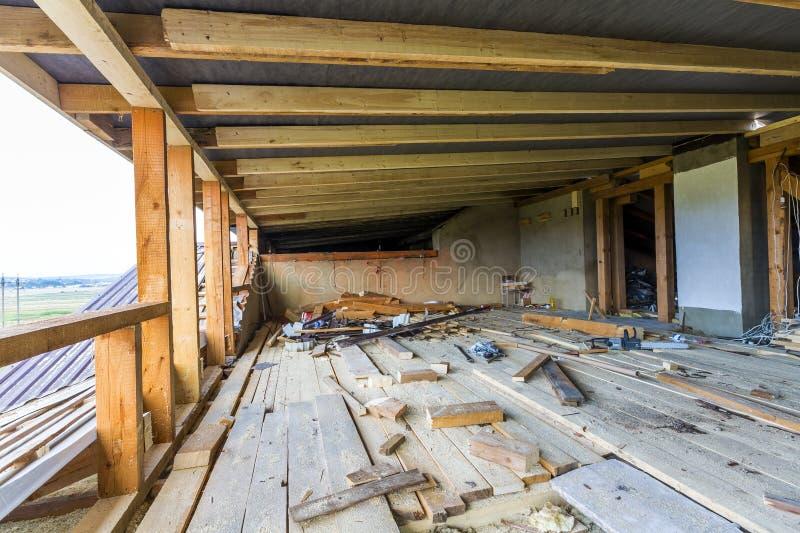 Nieuw woonbouwhuis frame Het binnenlandse ontwerpen van a royalty-vrije stock foto's