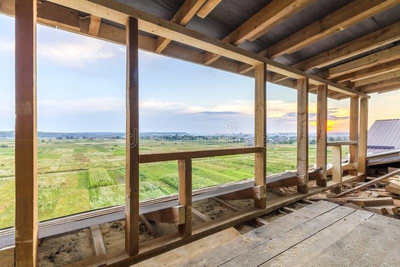 Nieuw woonbouwhuis frame Het binnenlandse ontwerpen van a royalty-vrije stock fotografie