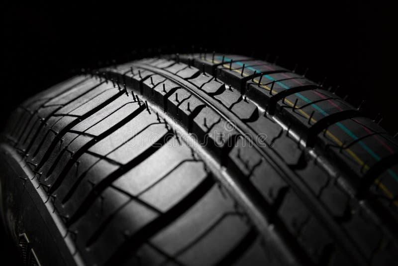 Nieuwe auto het dichte patroon van rubber, detail stock afbeelding