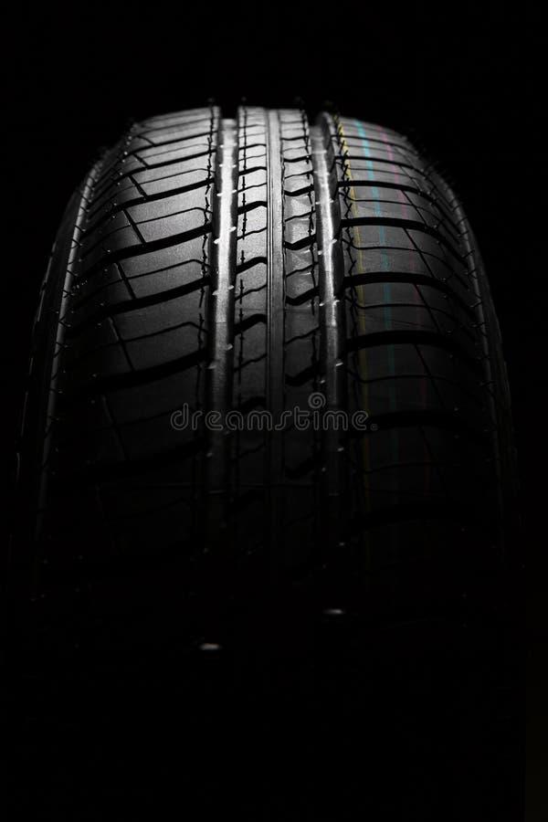 Nieuwe auto het dichte patroon van rubber, detail stock fotografie