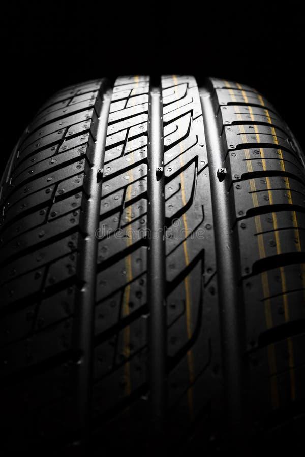Nieuwe auto het dichte patroon van rubber, detail stock foto