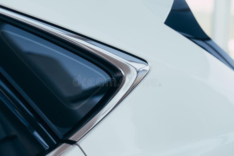 Nieuwe autolichaamsdelen stock afbeeldingen