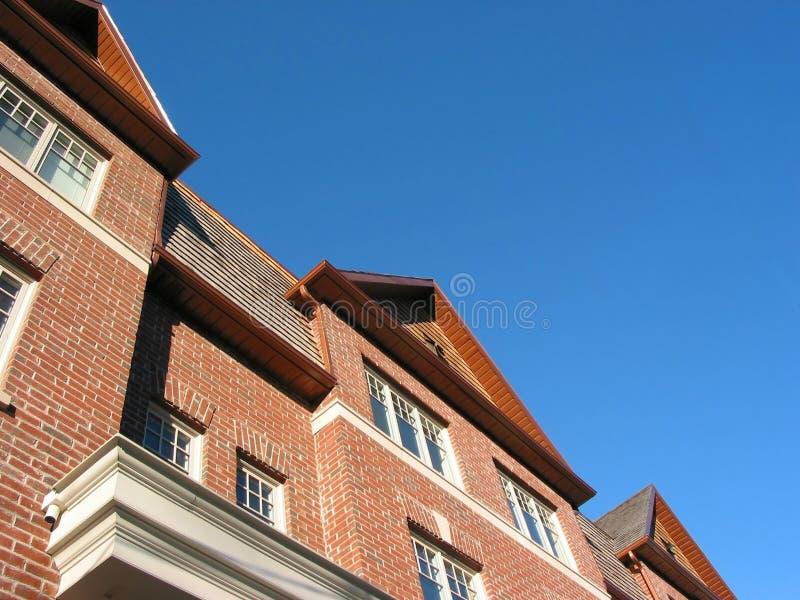 Nieuwe baksteenrijtjeshuizen royalty-vrije stock afbeeldingen