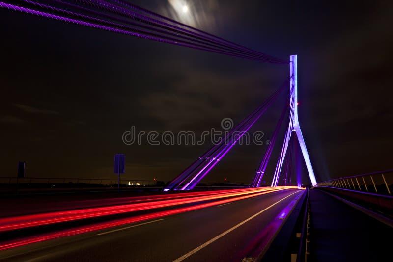 Nieuwe brug over de rivier Rijn stock fotografie