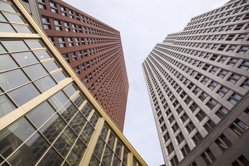 Nieuwe gebouwen voor ministerie van justitie en veiligheid in Den Haag royalty-vrije stock afbeeldingen