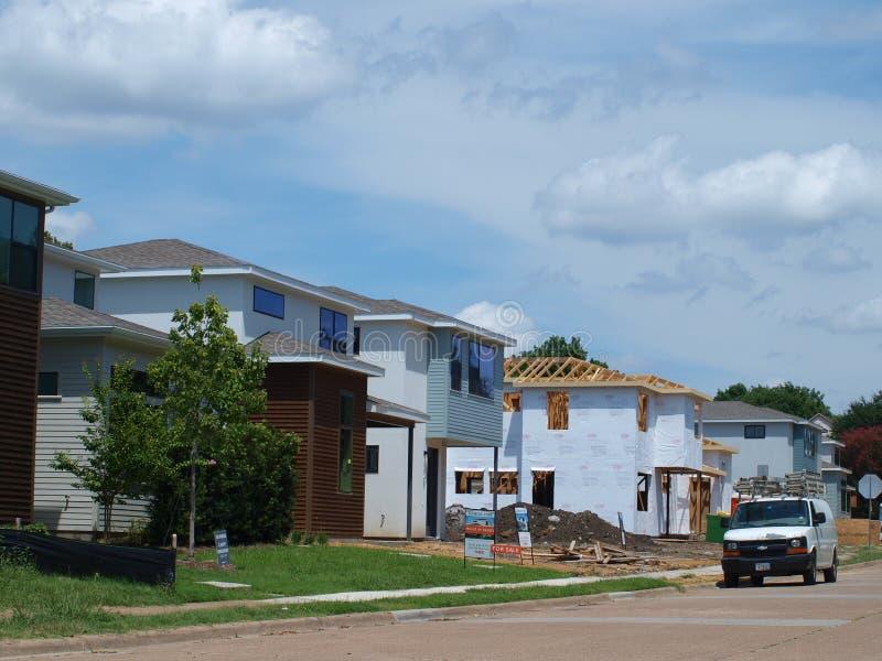 Nieuwe Huizen bij Spotlijsterpost, SMU-het Oosten stock foto's