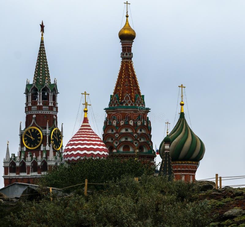 Nieuwe meningen van Moskou het Kremlin stock fotografie