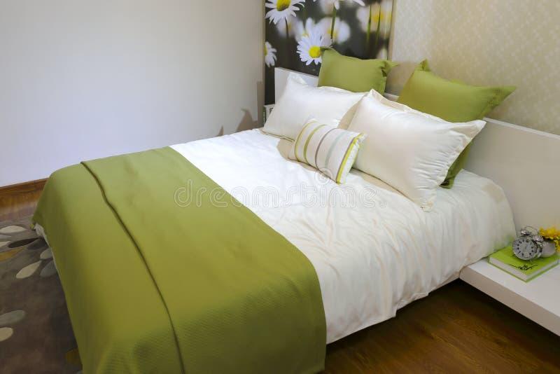 Nieuwe slaapkamer stock foto's
