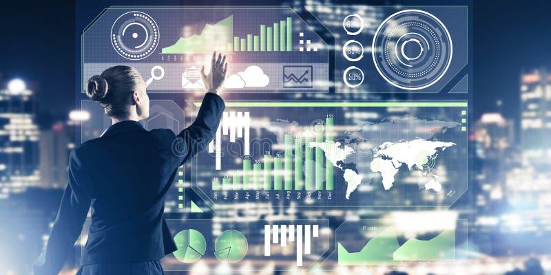 Nieuwe technologie?n en innovaties als methodes voor effici?nte moderne zaken royalty-vrije stock afbeeldingen