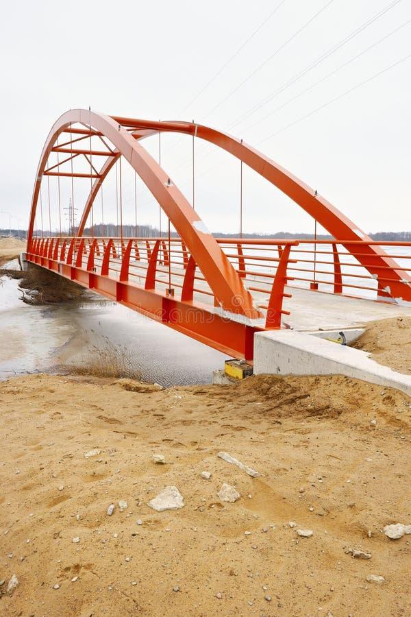 Nieuwe voetgangersbrug stock fotografie