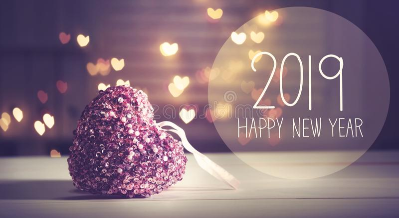 Nieuwjaar 2019 bericht met een roze hart royalty-vrije stock afbeeldingen
