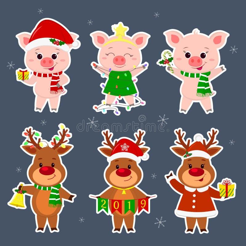 Nieuwjaar en Kerstkaart Een vastgestelde sticker van drie herten en drie varkenskarakters in verschillende hoeden en kostuums in  stock illustratie