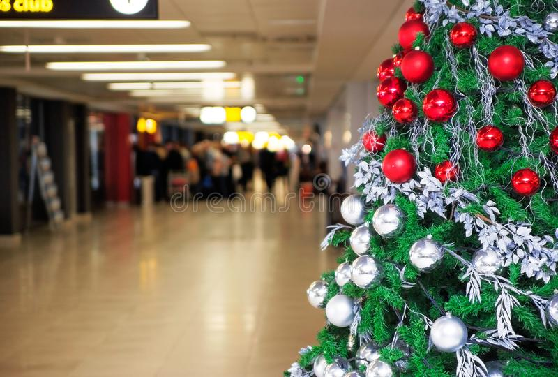 Nieuwjaar` s Vooravond bij de luchthaven stock fotografie